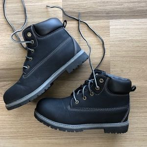 Other - Boys Black Boots Size 5